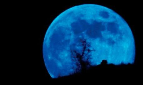Lua Azul é a segunda Lua cheia no mês.