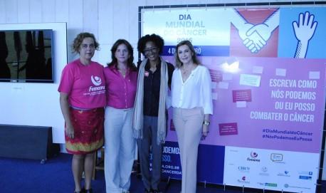 Voluntária, deputada Carmen Zanotto (PPS-SC), coordenadora da frente, Eunice Borges assessora de Relações Internacionais da ONU, e deputada Dâmina Pereira. (Foto: Facebook Dep. Damina)