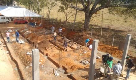 Obras de construção da cozinha industrial da comunidade.