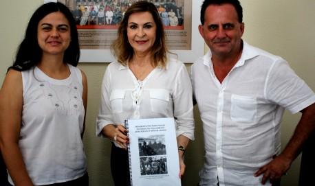 Vereador eleito Coronel Antônio Claret e professora Raquel Moura, do departamento de zootecnia da UFLA.
