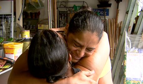 Após episódio, Rosangela e Leandra acabaram virando amigas em Jaboticabal (Foto: Reprodução / EPTV).