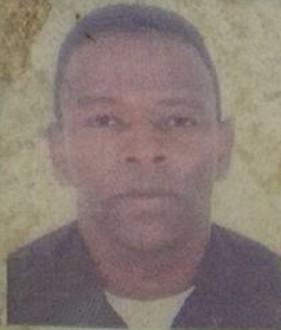 """Paulo Sérgio Honório de 46 anos, conhecido como """"Grilo"""" foi morto com 10 tiros"""