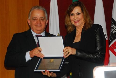 Dep Dâmina e o presidente da FIEMG Olavo Machado Junior